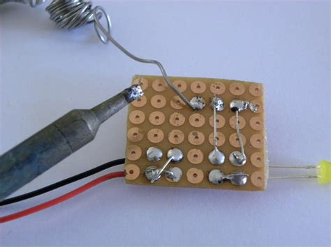 bc547 transistor testing simple bc547 transistor tester do it yourself