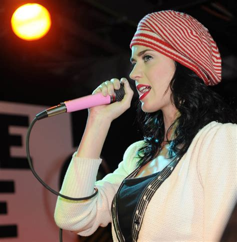 biography katy perry singer katy perry photo who2
