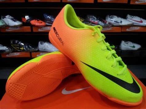 Sepatu Bola Nike Junior sepatu futsal nike mercurial victory iv ic junior gt gt harga