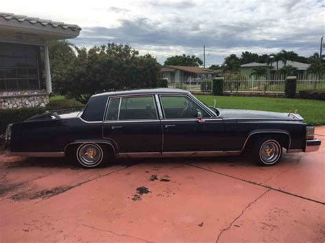 1988 Cadillac Fleetwood Brougham by 1988 Cadillac Fleetwood Brougham For Sale Classiccars