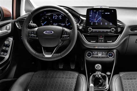 ford titanium interni ford prezzi da 14 250