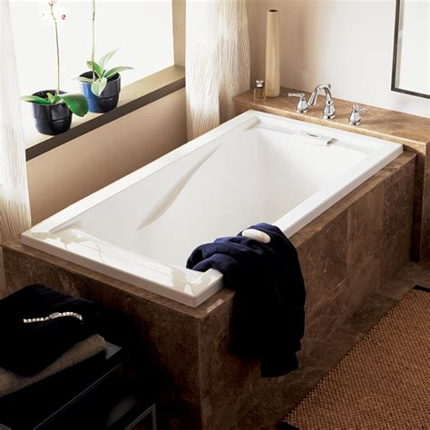 deep bathtub evolution 60x32 inch deep soak bathtub american standard