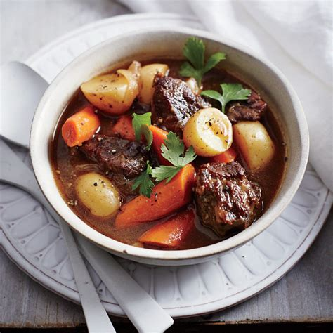 beef stew recoipe classic slow cooker beef stew recipe myrecipes