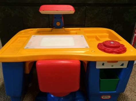 tikes desk with chair