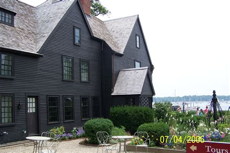 house of 7 gables file house of the seven gables 2006 jpg wikimedia commons