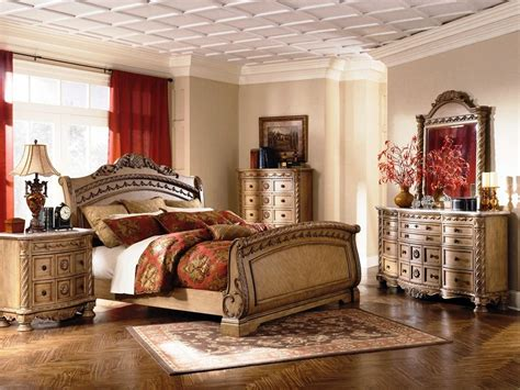 South Shore Bedroom Set by This 2nd Favorite Furniture