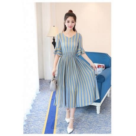 Casual Midi casual midi dress with sleeves