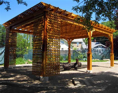 Backyard Creations Deluxe Arched Pergola With Gold Trim Cedar Belvedere Free Standing Pergolas Pergolas By