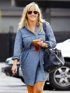 Reese Witherspoon Takes New Puppy Shopping by Tracks Tuesday October 23 2012