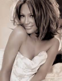 Jennifer lopez hairstyles sassy medium wavy haircut