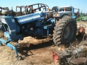 salvaged ford 7000 tractor for used parts eq 18501 all