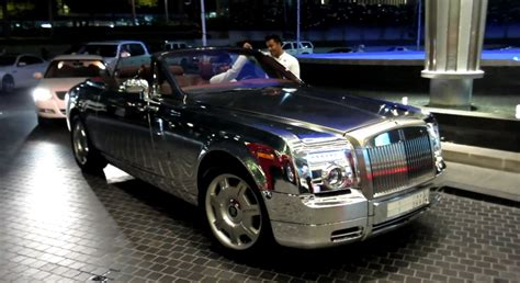 rolls royce chrome chrome rolls royce phantom drophead autoevolution