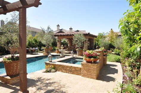 Tuscan Backyard Landscaping Ideas Triyae Diy Tuscan Backyard Various Design Inspiration For Backyard