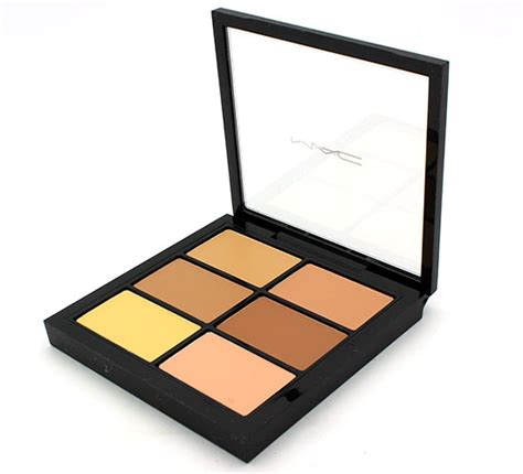 Concealer Contouring Corrector Pallete 18 Warna mac studio pro conceal and correct palette in medium review swatches and photos makeup for