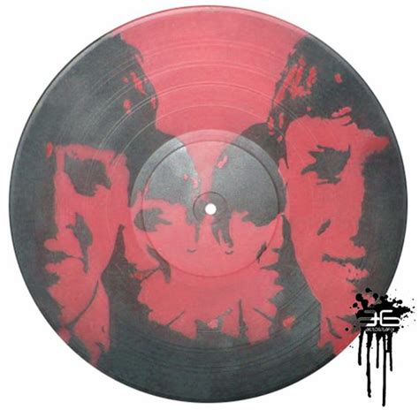 spray painting vinyl records the beatles 1 work spray paint on lp record vinyl