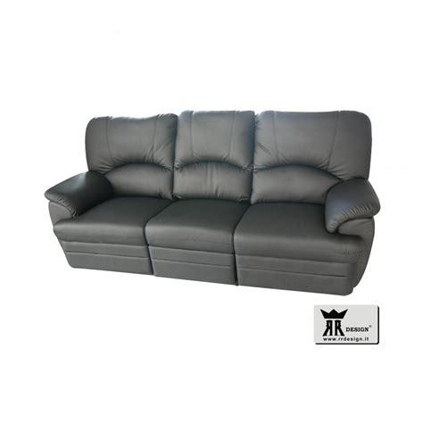 divani recliner divano relax manuale con 2 recliner ecopelle della linea