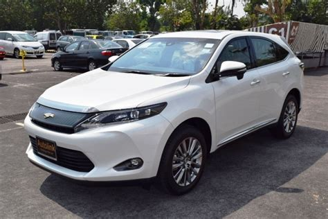 Toyota Harrier 2 0 toyota harrier 2 0a premium with moonroof autolink holdings