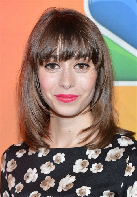 medium haircuts with straight hair and front cowlick cristin milioti medium layered straight haircut with front