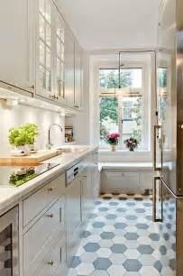 31 stylish and functional narrow kitchen design