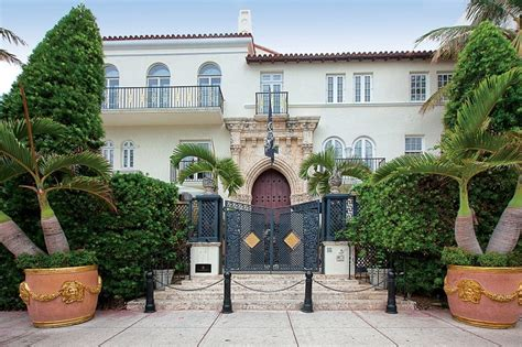 versace house miami tour versace s former miami mansion gt gt http coolhouses