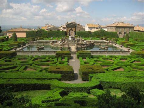 palazzo farnese caprarola giardini palazzo farnese a caprarola nella tuscia viterbese un