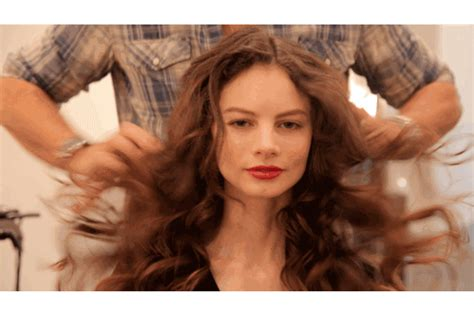 curl hair away from face or toward face how to get perfectly slept in messy curls