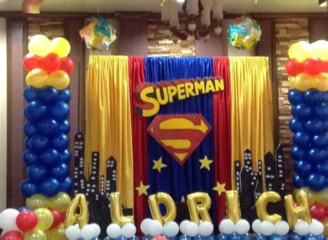 25  best ideas about Superman Party Decorations on Pinterest   Superhero party decorations