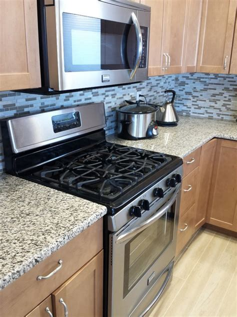 tiger skin granite countertops modern kitchen cedar