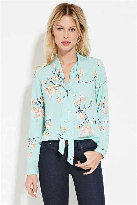 Jeslyn Floral Blouse In Blue forever 21 tie neck floral print blouse in blue lyst