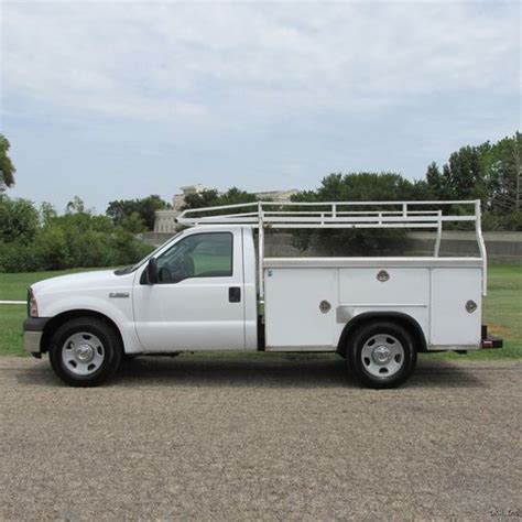 royal utility bed royal utility bed buy used 05 f350 xl reg cab 5 4l 2wd srw royal utility bed