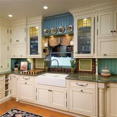 Small Kitchens   Home Design and Decor Reviews