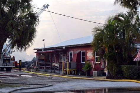 packing house sarasota j r s old packinghouse cafe damaged by fire