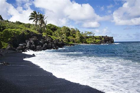 beach black sand maui hawaii black sand beach