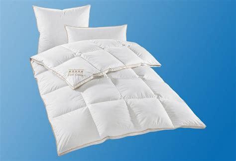set daunenbettdecken kopfkissen hanse by ribeco warm - Daunen Bettdecken Set