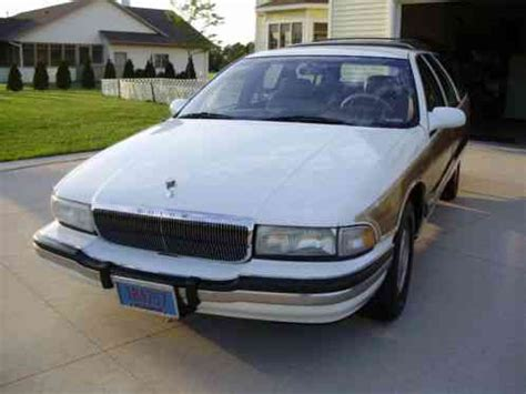 buick roadmaster limited trim 1995, listed here is my