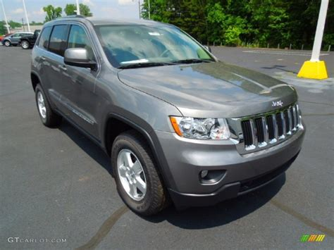dark gray jeep cherokee 2012 mineral gray metallic jeep grand cherokee laredo