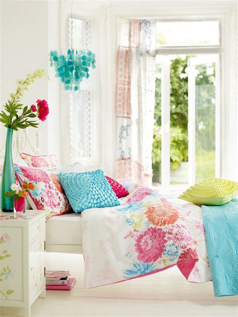 Pink And Turquoise Bedroom by Home Quotes December 2011