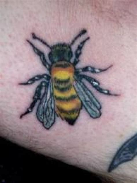 Bee Tattoo Meanings Designs And Ideas Tatring Bumble Bee Tattoos Meaning