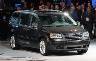 Dodge Town And Country Dodge To Cancel Grand Caravan In 2016 Carcostcanada