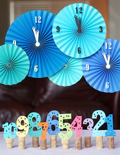 New Year Decorations by Be Different Act Normal Diy New Years Decorations