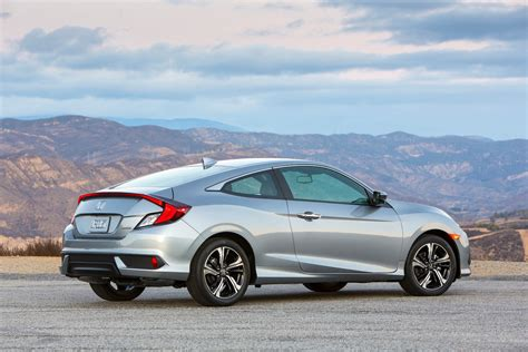 honda civic 2016 2016 honda civic coupe test review motor trend