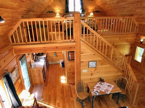 Cabin Plans With Loft And Porch by Log Cabin With Loft Above Porch Log Cabin With Loft