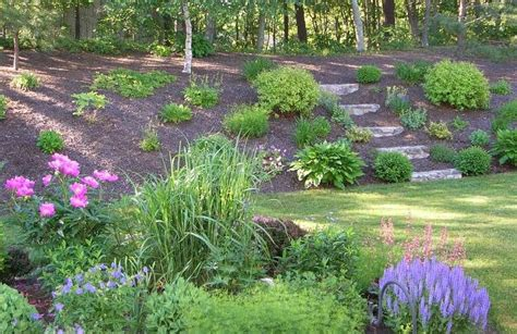 backyard hill landscaping ideas triyae backyard hill landscaping ideas pictures