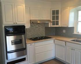 Best Way To Repaint Kitchen Cabinets What S The Best Way To Clean Your White Kitchen Cabinets