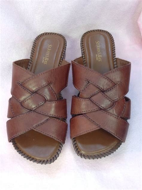st s bay slippers st johns bay brown slip on shoes mint size 7 w leather ebay