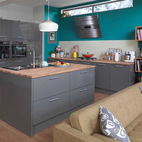 grey cabinets and family kitchen on pinterest kitchen grey pesquisa google city flat kitchen