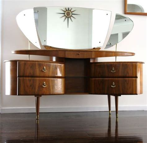Retro Vanity Table 30 Mid Century Dressing Tables And Vanities Digsdigs