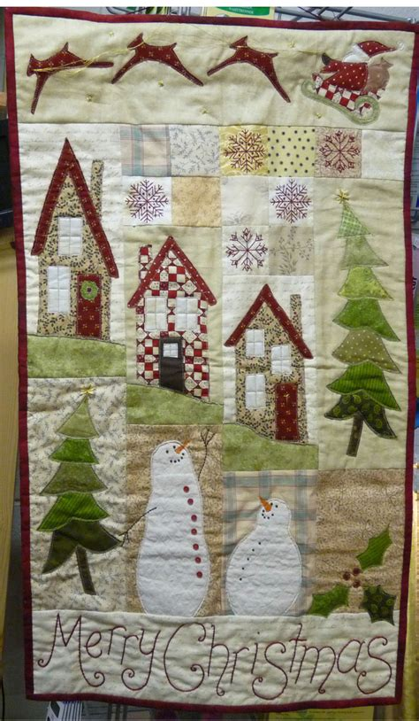 pattern for christmas wall hanging quilt christmas wall hanging scrappy christmas inspirational