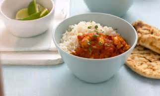 mary berry and lucy young special tiger prawn balti