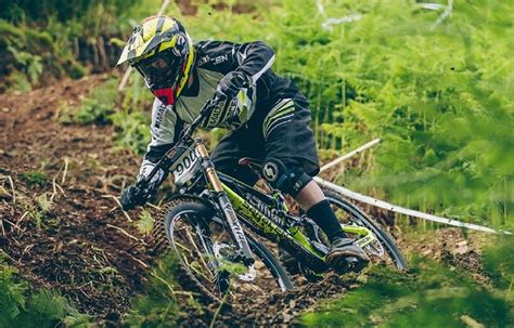 best mtb best mountain bikes 2000 dollars reviews buyer s guide
